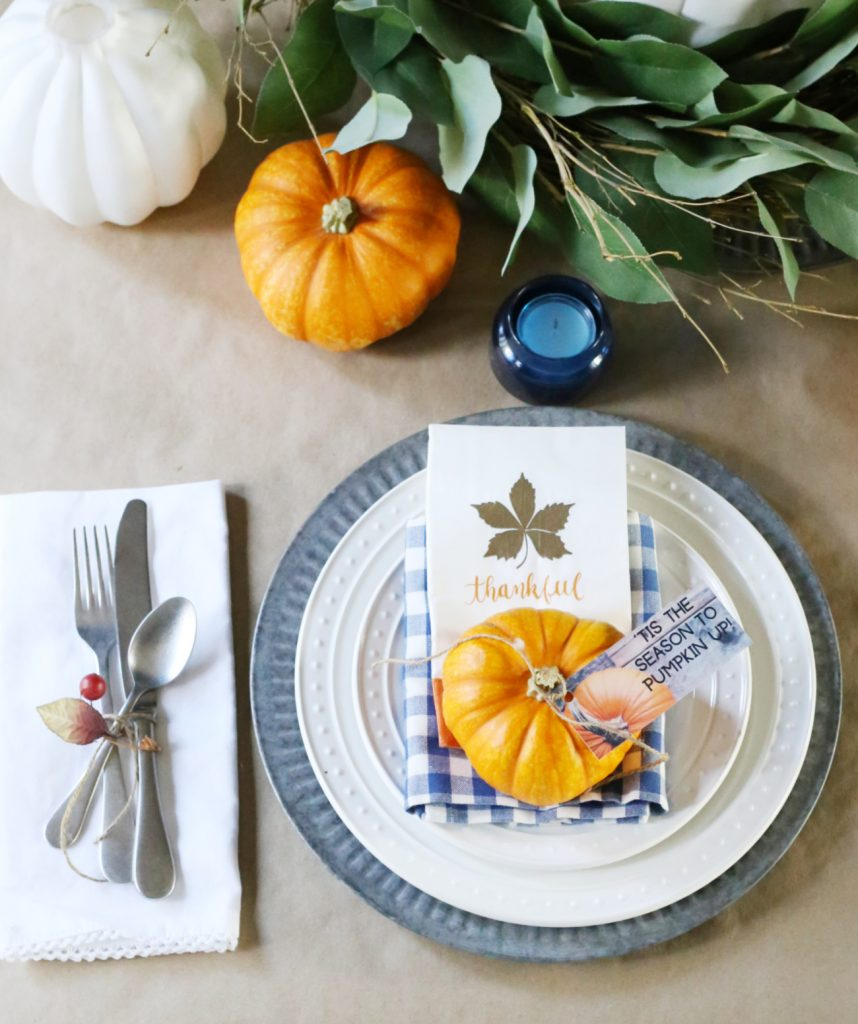Thanksgiving-place-setting-everydayedits