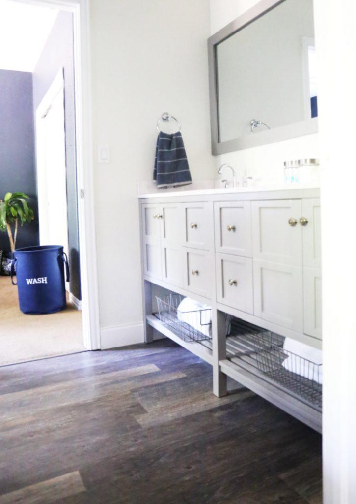 new-bathroom-vanity-everydayeditsblog