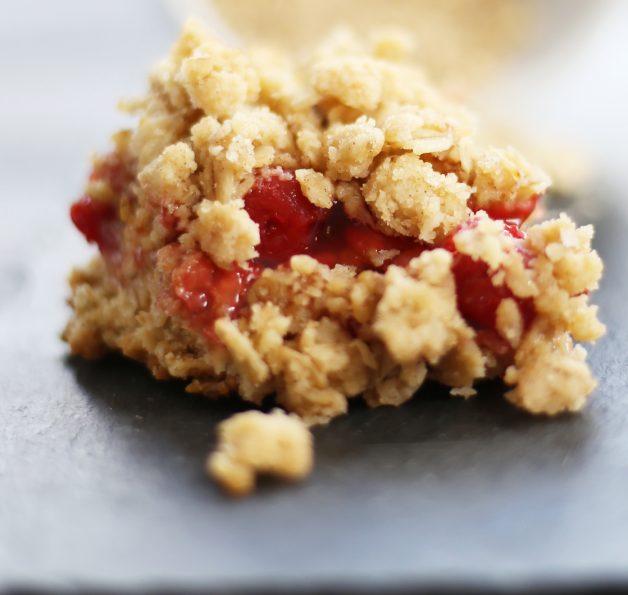 cherry-oatmeal-bars