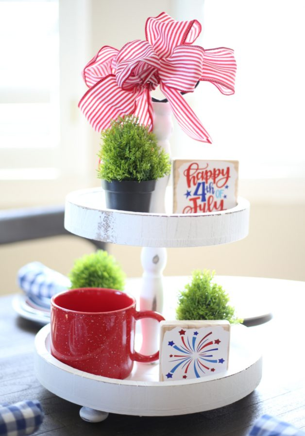 how-to-make-patriotic-tiered-tray